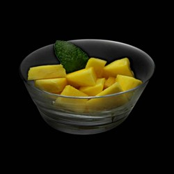 Salade de fruits mangue et ananas frais